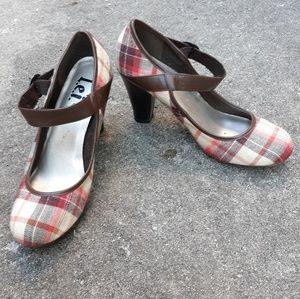 L.e.i. plaid mary jane heels